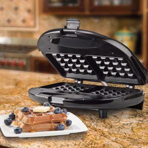 Dual waffle maker